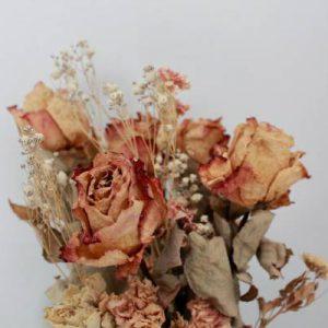 استفاده از گل های خشک در دکوراسیون منزل